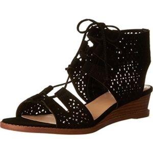 Vince Camuto Retana sandal size 10